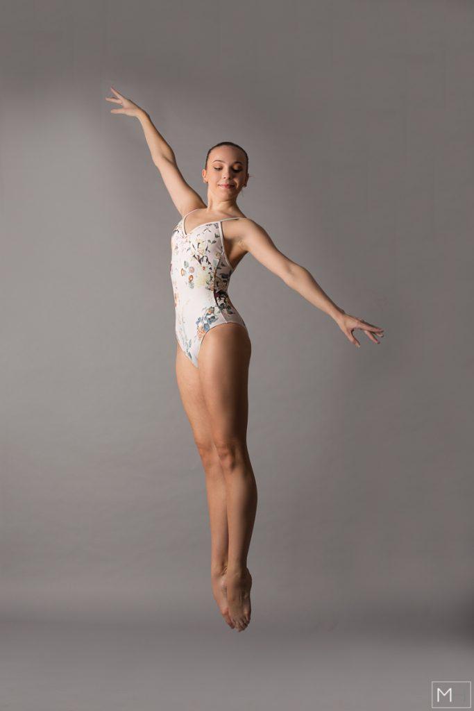 studio ballerina photoshoot